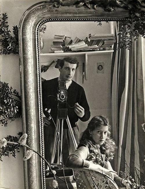 Autorretrato con Lella, París 1952 (Edouard Boubat)