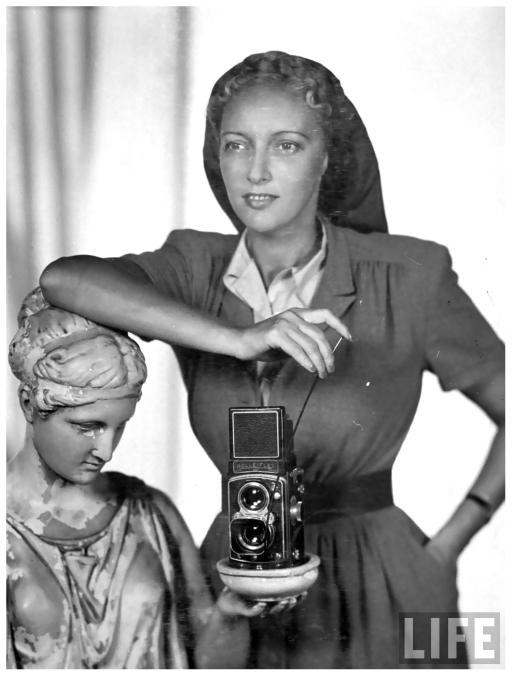 Nina Leen (1909-1995), 1945