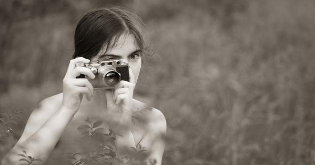 Chica con Leica