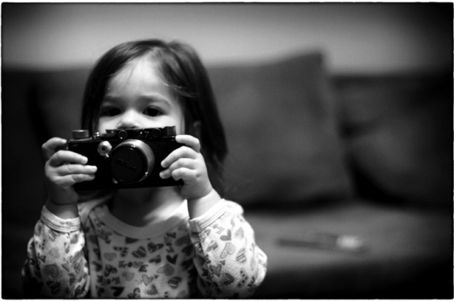 Niña con Leica