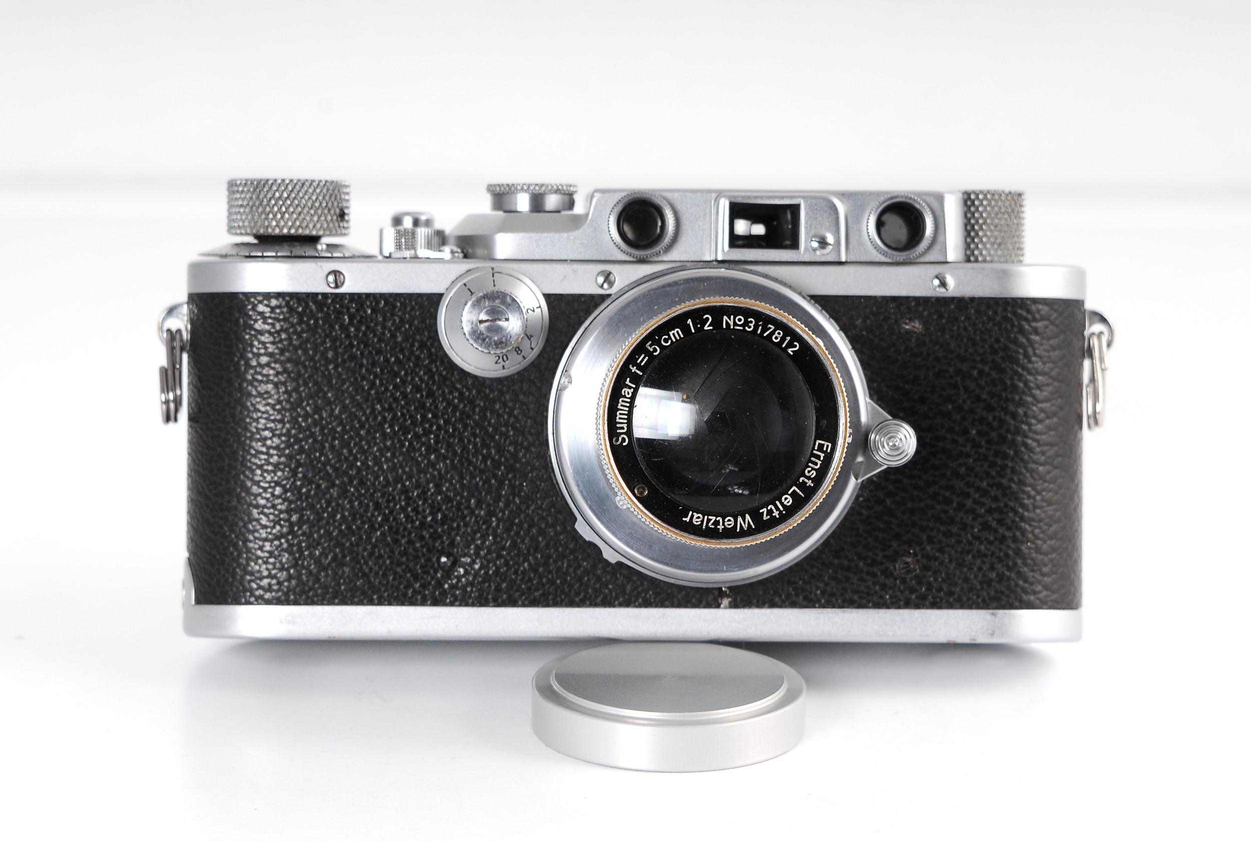 Leica con Summar frontal