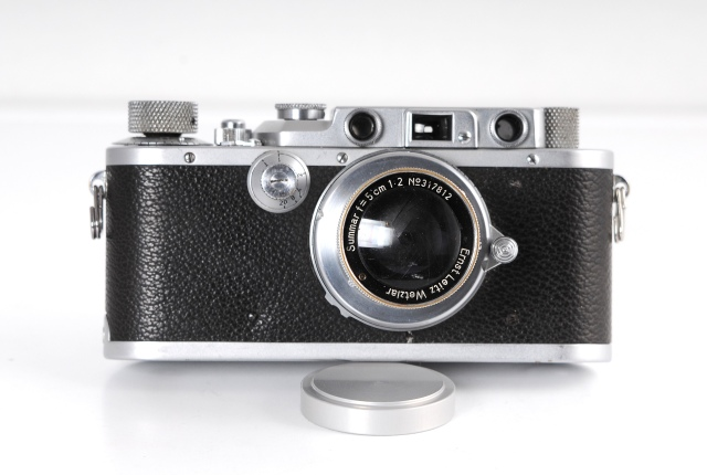 Leica con Summar frontal