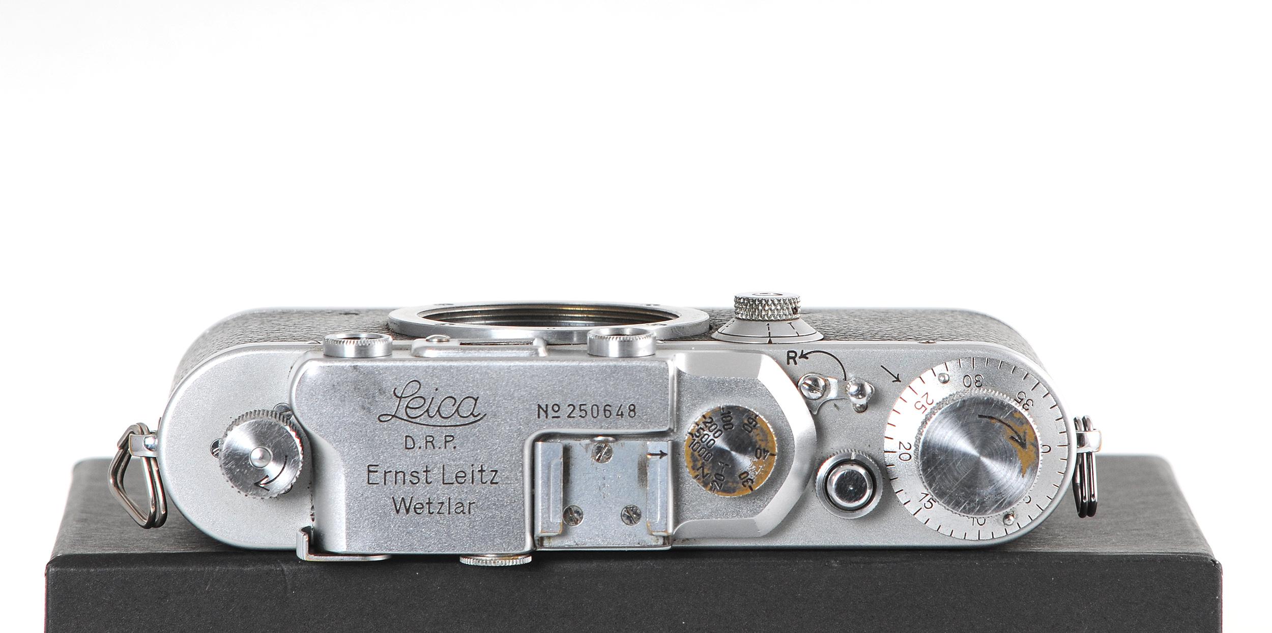 Leica superior